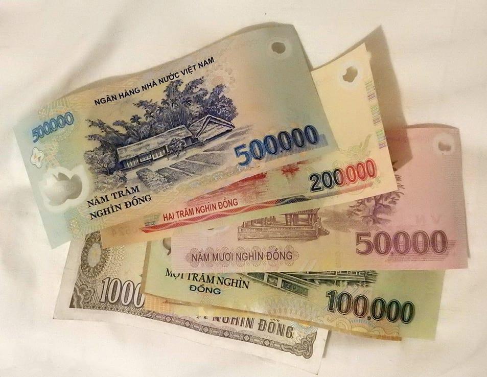 Hanoi, Vietnam: local currency
