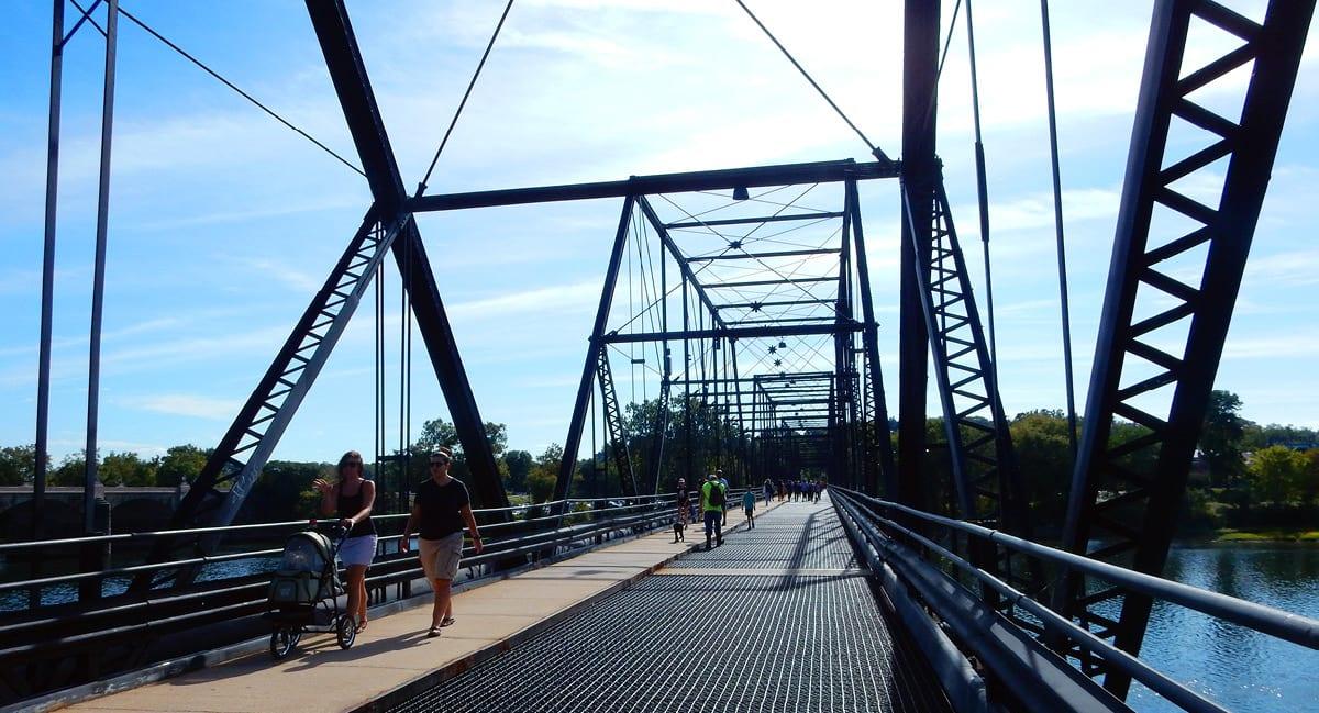 Harrisburg, Pennsylvania: Bridge near City Island
